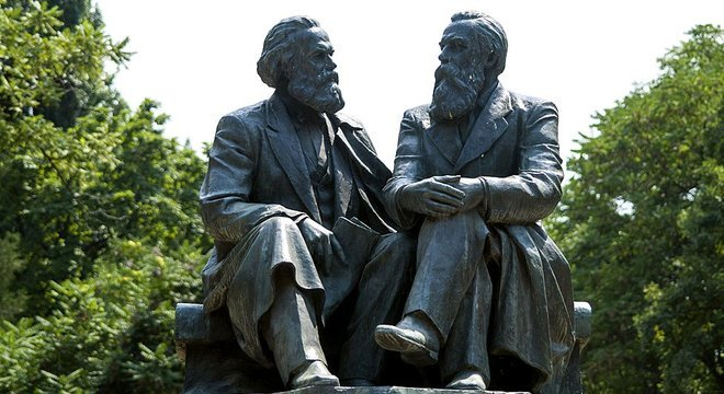 Marx e Engels: duas personalidades extremamente talentosas, unidas por um afeto mútuo e pela paixão por uma causa comum que mudou o curso da história