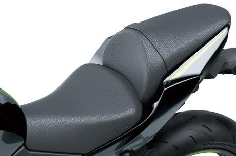 Z 650 e Ninja 650 receberam atenção especial para conforto do piloto e garupa