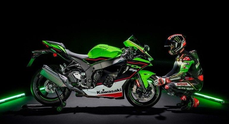 Moto ganhou nova posição dos punhos estendida de 10 mm para frente