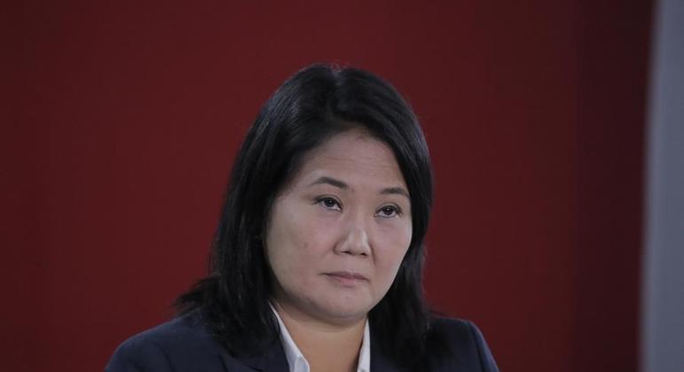 Keiko Fujimori está atrás de Pedro Castillo na eleição para presidente no Peru
