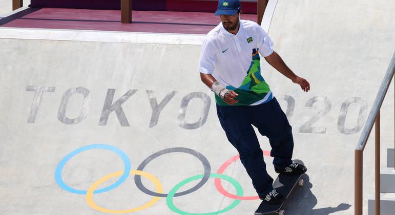 Kelvin Hoefler reconheceu que fez história ao estar no primeiro pódio olímpico do skate