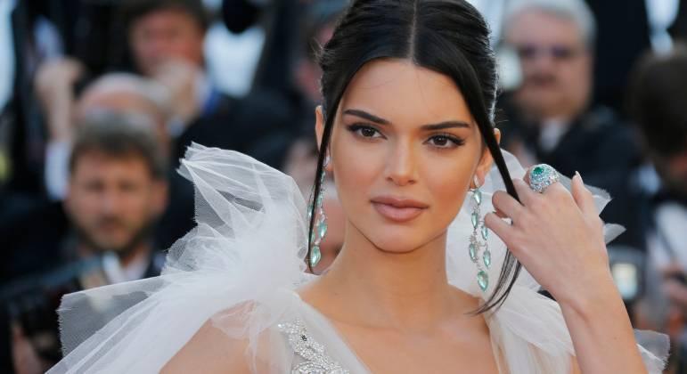 Defesa de Kendall Jenner diz que processo de grife não tem 'mérito'