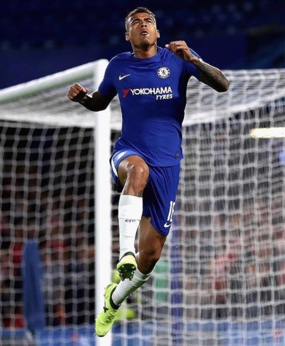 Kenedy não tem sido utilizado pelo Chelsea