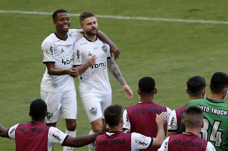Keno e Sasha fizeram os gols do Atlético-MG