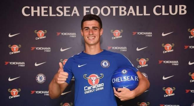 O mais caro da história! Kepa é o novo goleiro do Chelsea - Lance ... 9e2ca3788531a