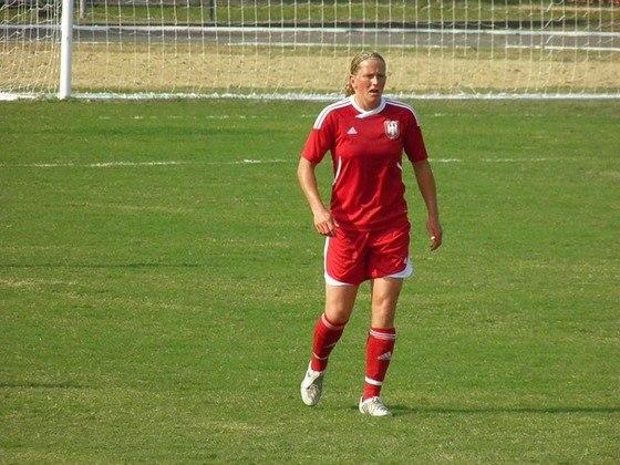 Kerstin Stegemann é mais uma jogadora da Alemanha que acumulou três medalhas de bronze olímpicas. A atleta subiu ao pódio nos Jogos de Sydney 2000, Atenas 2004 e Pequim 2008.