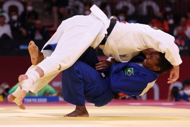 Ketleyn Quadros ficou sem medalha no judô ao perder para holandesa Juul Franssen.