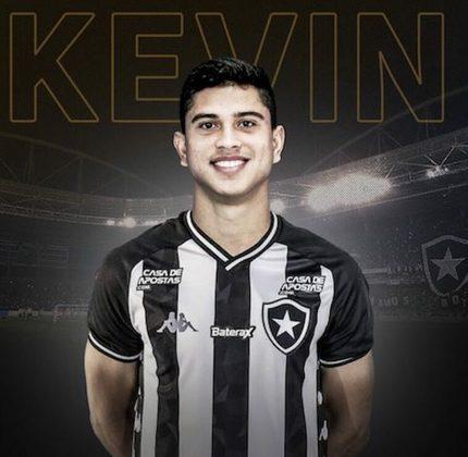 KEVIN atuou 12 vezes pelo Botafogo, sem balançar as redes.