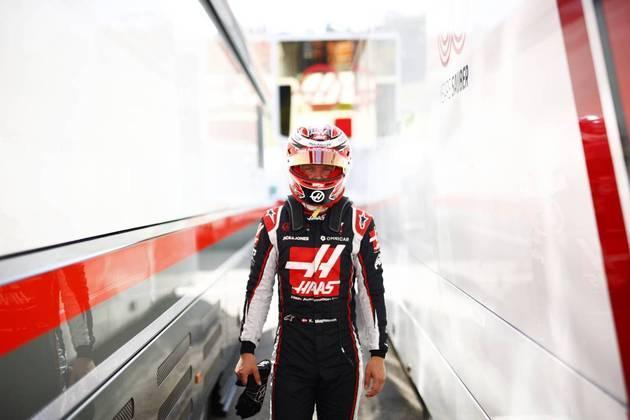 Kevin Magnussen abandonou o GP da Toscana logo no início
