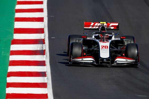 Kevin Magnussen abre a última fila do grid de largada no GP de Portugal