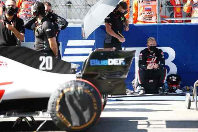Kevin Magnussen andou bem e terminou o GP da Rússia em 12º