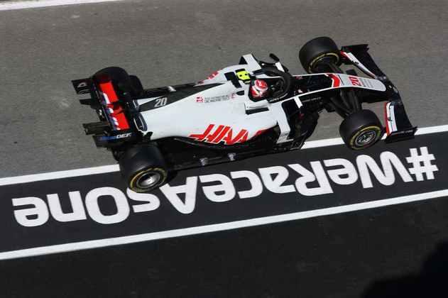 Kevin Magnussen foi atrapalhado no Q1 e larga no fim do grid