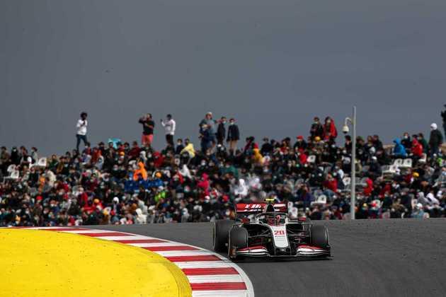 Kevin Magnussen foi discreto e ficou apenas na 17ª colocação no GP de Portugal