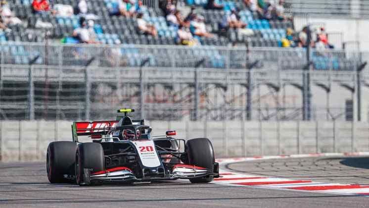 Kevin Magnussen não andou bem mais uma vez: 18º lugar no grid