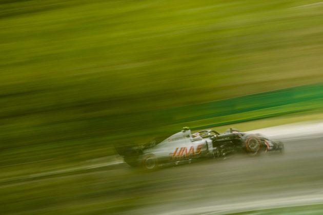Kevin Magnussen terminou o dia como a melhor Haas no treino