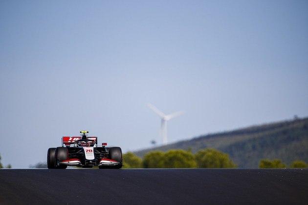 Kevin Magnussen voltou a decepcionar na classificação e ficou apenas em 19º no circuito português