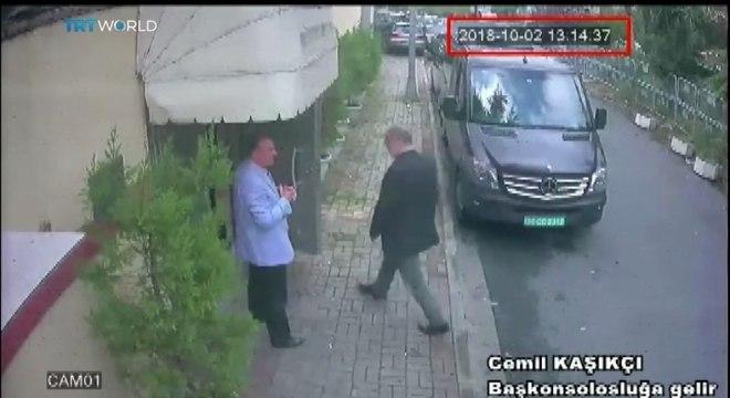 Câmeras de segurança mostram jornalista entrando na embaixada saudita na Turquia
