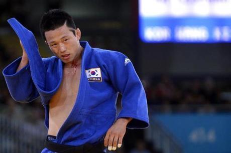 Ex-judoca havia sido denunciado por agressão sexual