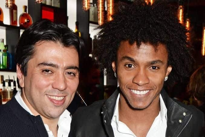 Kia é o empresário de Willian. E ele trabalhou para o retorno do jogador ao Parque São Jorge