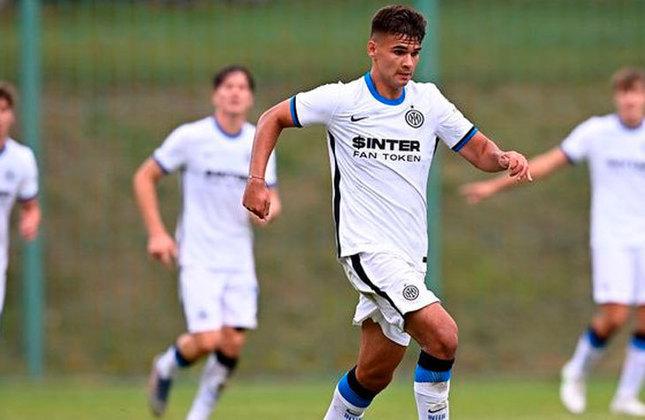 Kikola Iliev (Bulgária) - Clube: Inter de Milão (Itália) - Posição: Meia-ofensivo