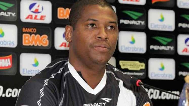 Kim - Aposentado desde 2014, disputou oito partidas pelo Vasco entre 2011 e 2012. Marcou um gol no período.