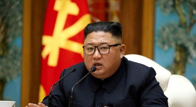 Mídia norte-coreana comunicou que Kim Jong-un teria reaparecido em público