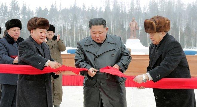 Kim Jong-un durante a cerimônia de abertura de Samjiyon