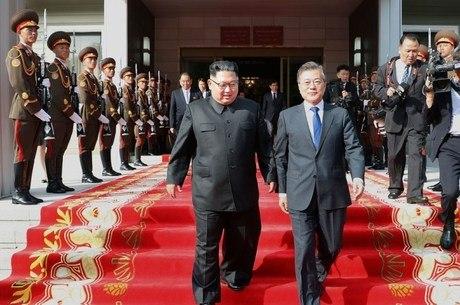 Kim Jong-un e Moon Jae-in farão terceira cúpula