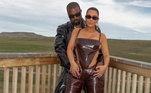 Além deles, Kim Kardashian e Kanye West, que se casaram em 2014, também estão no processo de divórcio, segundo o TMZ. Os boatos de que o matrimônio não ia bem começaram no ano passado, sendo que a socialite chegou a ser flagrada no carro com o cantor, aos prantos