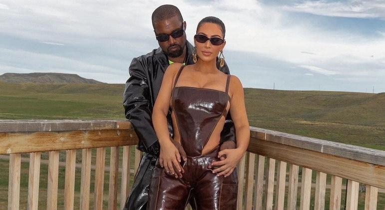 Em meio ao divórcio, Kim Kardashian homenageia Kanye West