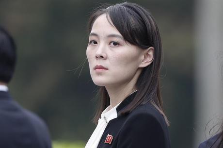 Kim Yo-jong é chefe de gabinete extra-oficial