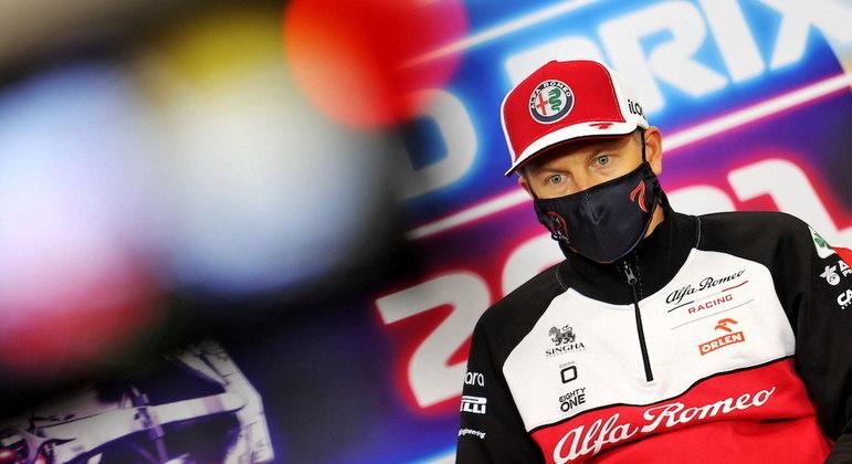 Kimi Raikkonen, hoje na Alfa Romeo, estreou na Fórmula 1 em 2001