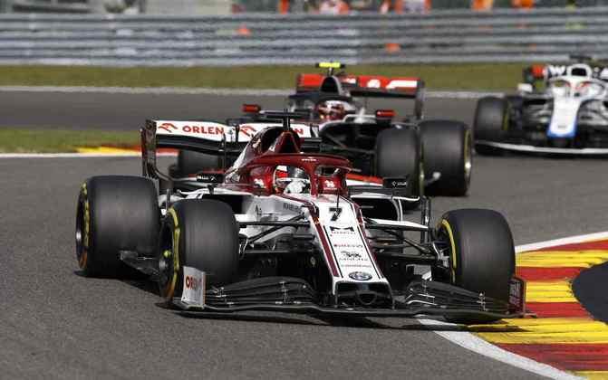 Kimi Räikkönen andou forte em Spa e terminou em 12º