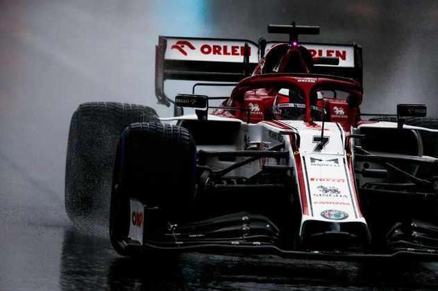 Kimi Räikkönen colocou a Alfa Romeo em oitavo no grid.