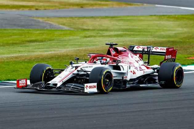Kimi Räikkönen fez 1min27s535 no segundo treino livre