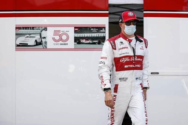 Kimi Räikkönen foi 2s285 mais lento que o pole-position e conterrâneo Valtteri Bottas