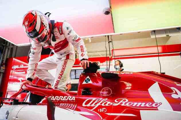 Kimi Räikkönen prepara-se para acelerar na classificação do GP da Toscana