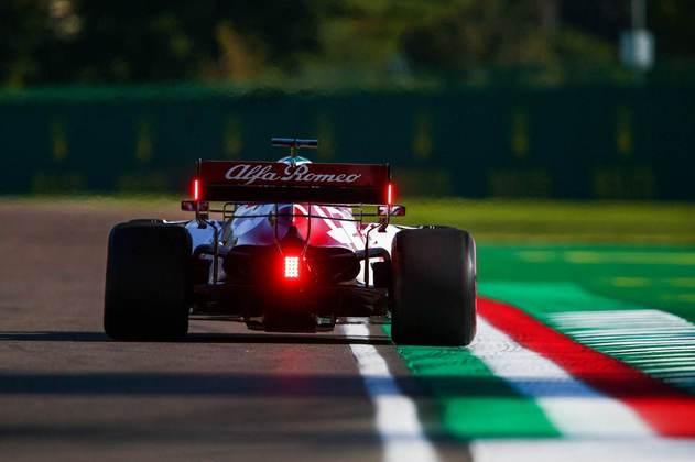 Kimi Räikkönen teve uma volta deletada no Q1 e ficou em 18º