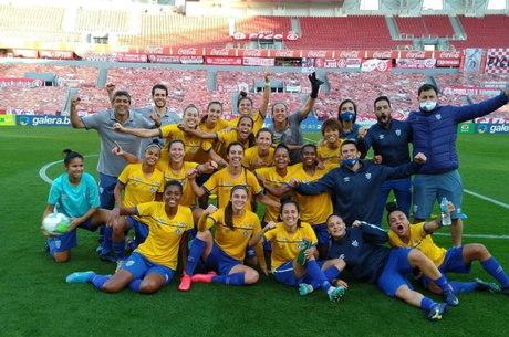Kinderman chega a segunda final de Brasileiro