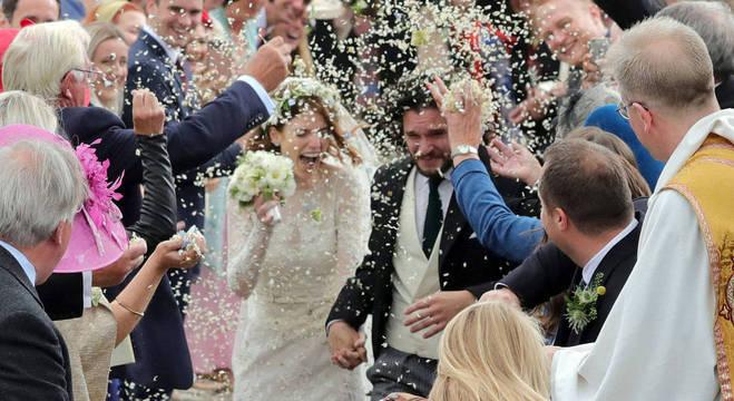 Kit Harington e Rose Leslie  em casamento na vida real
