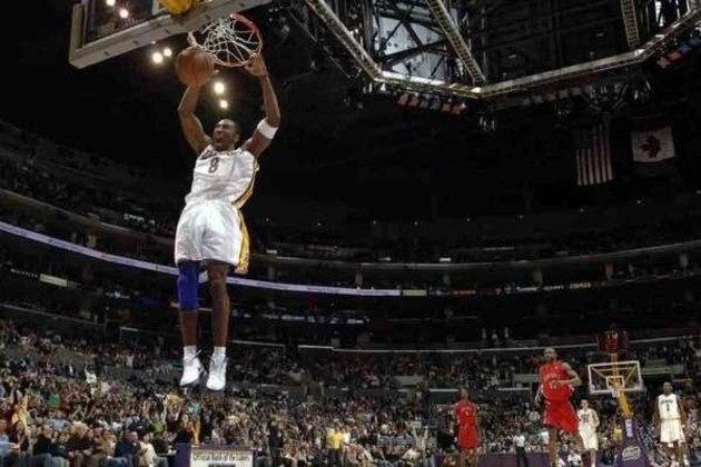 Kobe, 81 pontos (Sexta-feira, 15h, ESPN Extra) - Kobe Bryant é um dos maiores jogadores da história do basquete, cinco vezes campeão da NBA,  dois ouros olímpicos e tem duas camisas aposentadas em seu único time, o Lakers. Mas ele teve um