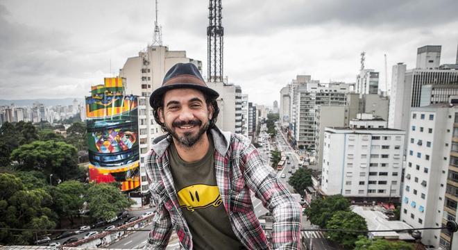 Eduardo Kobra já pintou mais de 500 murais em todo o mundo