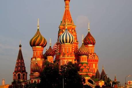 Candidatos ao Kremlin terão de morar 25 anos no país