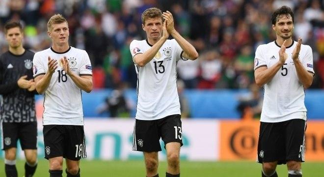 543536f058 Alemanha convoca seleção com sete remanescentes do  7 a 1  de 2014 ...