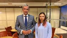 Atleta olímpica de Belarus chega à Polônia para se refugiar