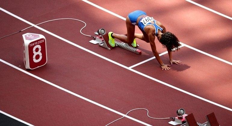 A raia onde Tsimanouskaya correria os 200m nesta 2ª ficou vazia