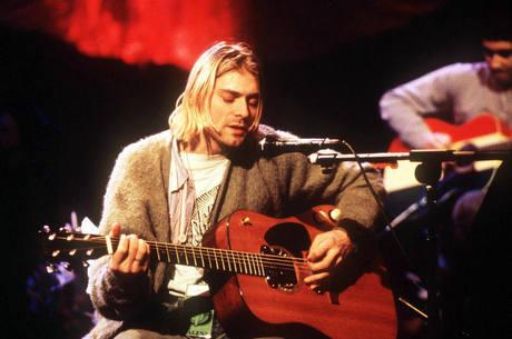 Violão de Kurt Cobain foi leiloado
