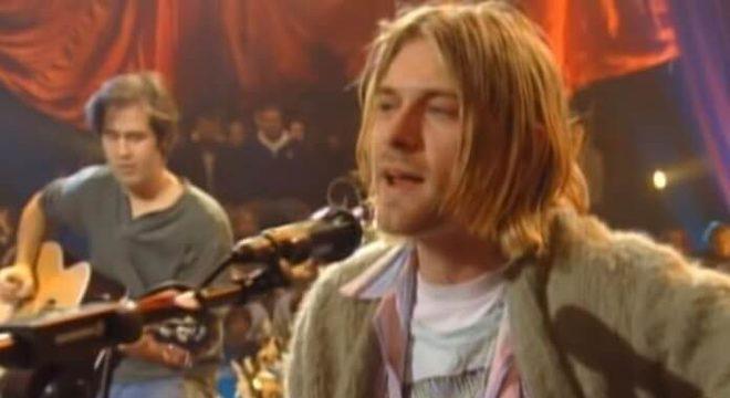 Suéter de Kurt Cobain é vendido por mais de 1 milhão de reais