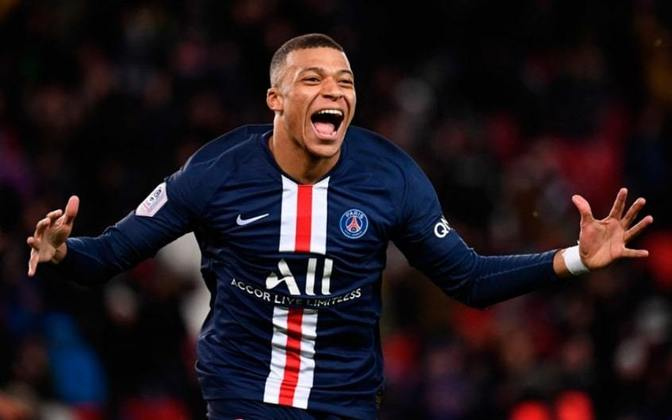 Kylian Mbappé - Kylian Mbappé do PSG aparece com 18 gols e 36 pontos. Entretanto, a disputa na França acabou. Mas fica os méritos pelos gols.