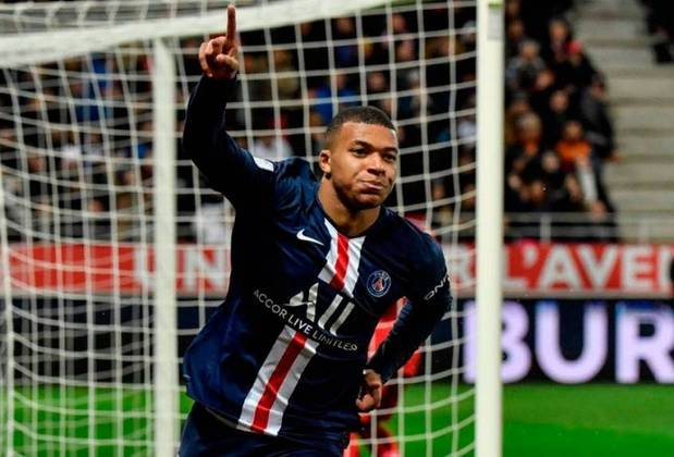 Kylian Mbappé - O atual craque do time, Mbappé teria que dividir com CR7 a condição de astro. Entretanto não haveria vaidade. Ou teria?